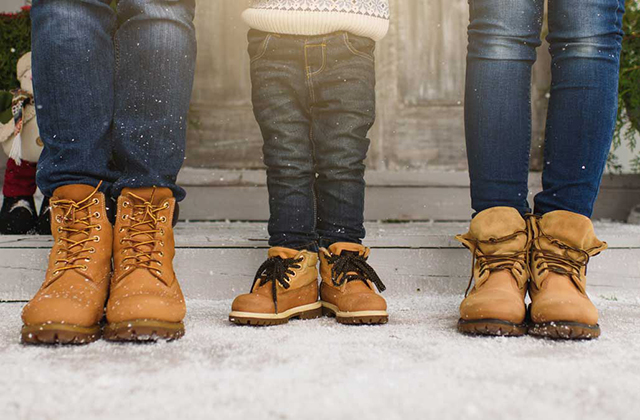How to Select the Right Boots to Go Skiing